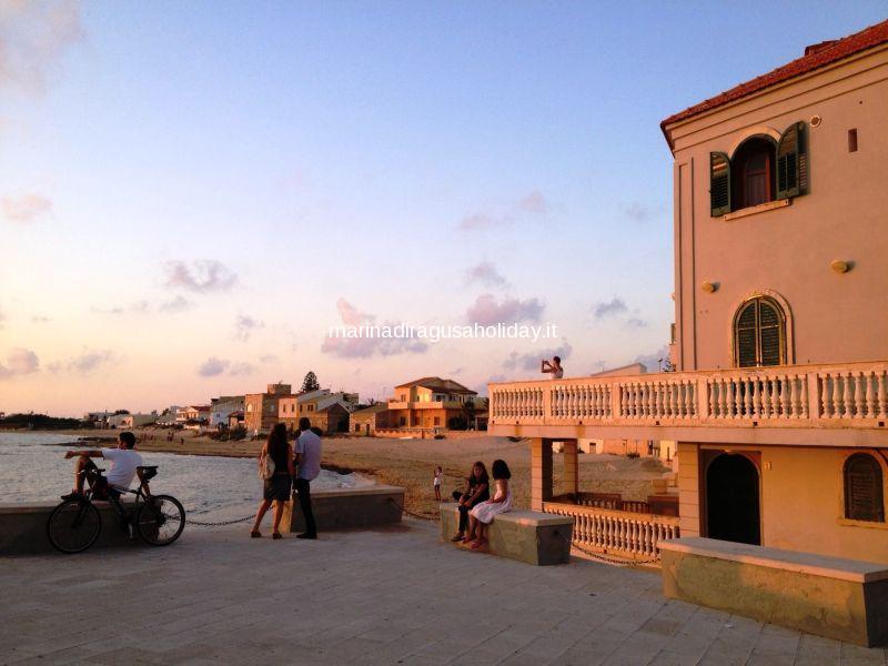 Holiday apartments marina di ragusa montalbano 39 s locations for Foto di case