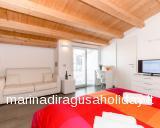 Casa Vacanze Marina di Ragusa - Foto del Bed and Breakfast Bianco e Blu - foto #0